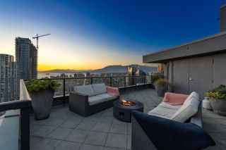 "Photo 1: PH3304 1199 SEYMOUR Street in Vancouver: Downtown VW Condo for sale in ""BRAVA"" (Vancouver West)  : MLS®# R2574898"