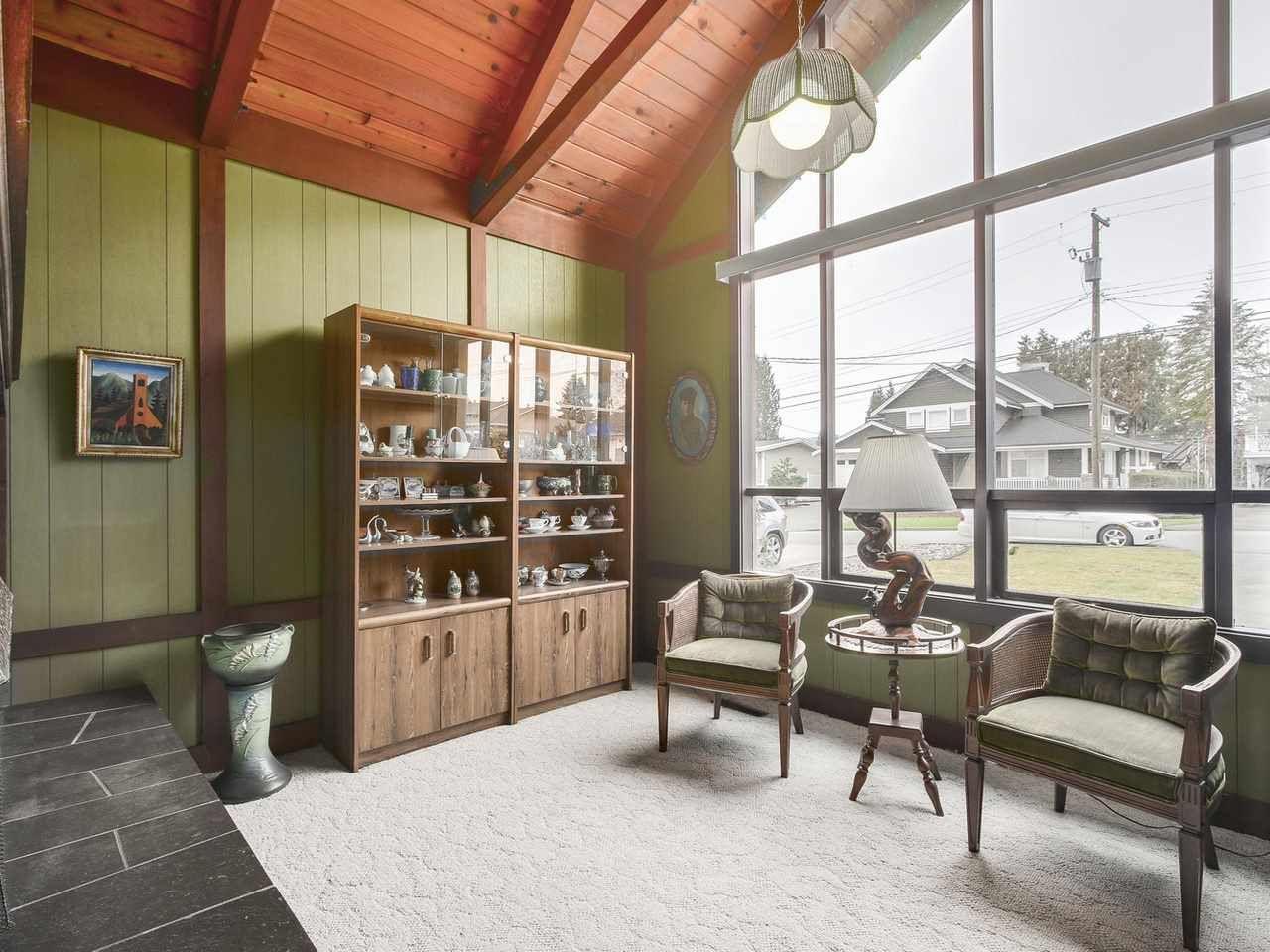 Photo 5: Photos: 1320 REGAN Avenue in Coquitlam: Central Coquitlam House for sale : MLS®# R2147096