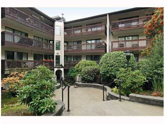 "Main Photo: 117 9847 MANCHESTER Drive in Burnaby: Cariboo Condo for sale in ""BARCLAY WOODS"" (Burnaby North)  : MLS®# V841319"