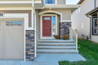Photo 2: 16811 64 Street in Edmonton: Zone 03 House Half Duplex for sale : MLS®# E4264177