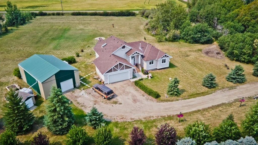 Main Photo: 264079 Township Road 252: Rural Wheatland County Detached for sale : MLS®# A1135145