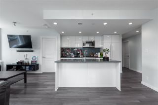 "Photo 4: 305 3100 WINDSOR Gate in Coquitlam: New Horizons Condo for sale in ""THE LLOYD"" : MLS®# R2511765"