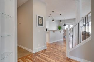 Photo 2: 335 Panorama Hills Terrace NW in Calgary: Panorama Hills Detached for sale : MLS®# A1092734