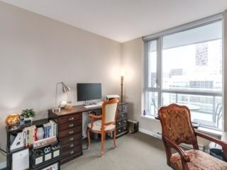 """Photo 11: 2003 833 SEYMOUR Street in Vancouver: Downtown VW Condo for sale in """"CAPITAL RESIDENCES"""" (Vancouver West)  : MLS®# R2087892"""