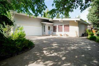 Photo 2: 9619 Oakhill Drive SW in Calgary: Oakridge Detached for sale : MLS®# A1118713