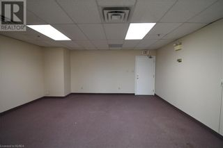 Photo 4: 55 MARY Street Unit# 206 in Lindsay: Other for lease : MLS®# 40100078