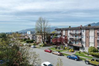 Photo 19: 211 141 18TH STREET in North Vancouver: Home for sale : MLS®# R2060329