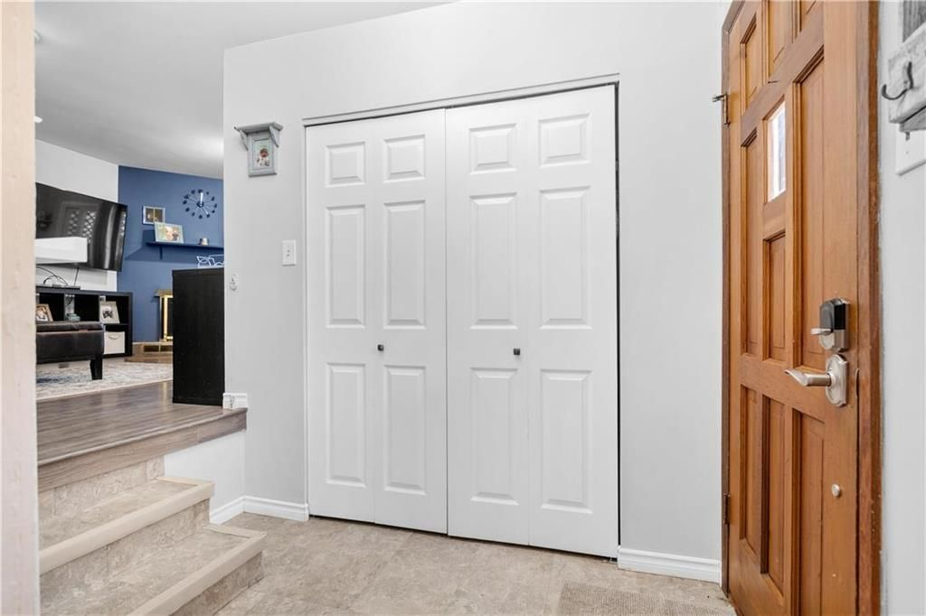 Photo 6: Photos: 145 Woodlawn Avenue in Winnipeg: Residential for sale (2C)  : MLS®# 202110539