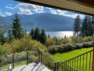 Photo 5: 5930 STAFFORD ROAD in Nelson: House for sale : MLS®# 2461427