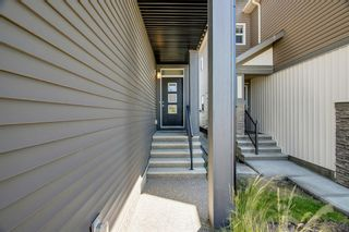 Photo 2: 329 Walgrove Terrace SE in Calgary: Walden Detached for sale : MLS®# A1045939