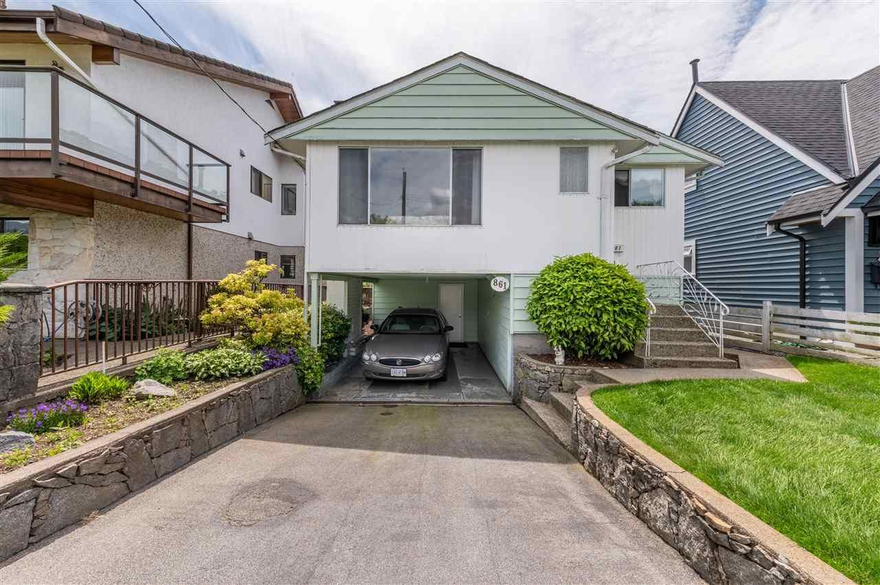 Main Photo: 861 E 15TH Street in North Vancouver: Boulevard House for sale : MLS®# R2589242
