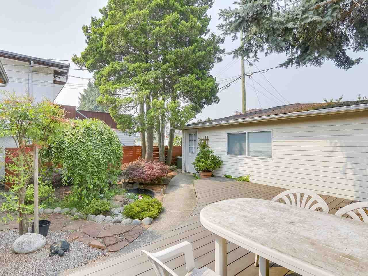Photo 19: Photos: 165 E 55TH AVENUE in Vancouver: South Vancouver House for sale (Vancouver East)  : MLS®# R2297472