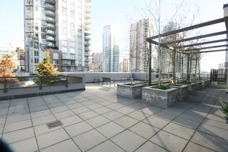Photo 12: 706 538 Smithe Street in The Mode: Home for sale