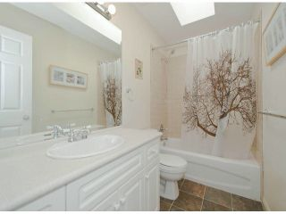 """Photo 7: 6238 167A ST in Surrey: Cloverdale BC House for sale in """"CLOVER RIDGE"""" (Cloverdale)  : MLS®# F1307100"""