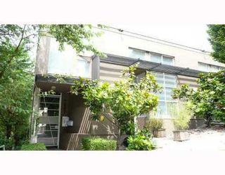 Photo 3: 3 1227 7TH Ave in Vancouver East: Home for sale : MLS®# V708004