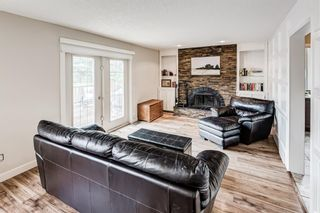 Photo 9: 335 Woodpark Place SW in Calgary: Woodlands Detached for sale : MLS®# A1110869