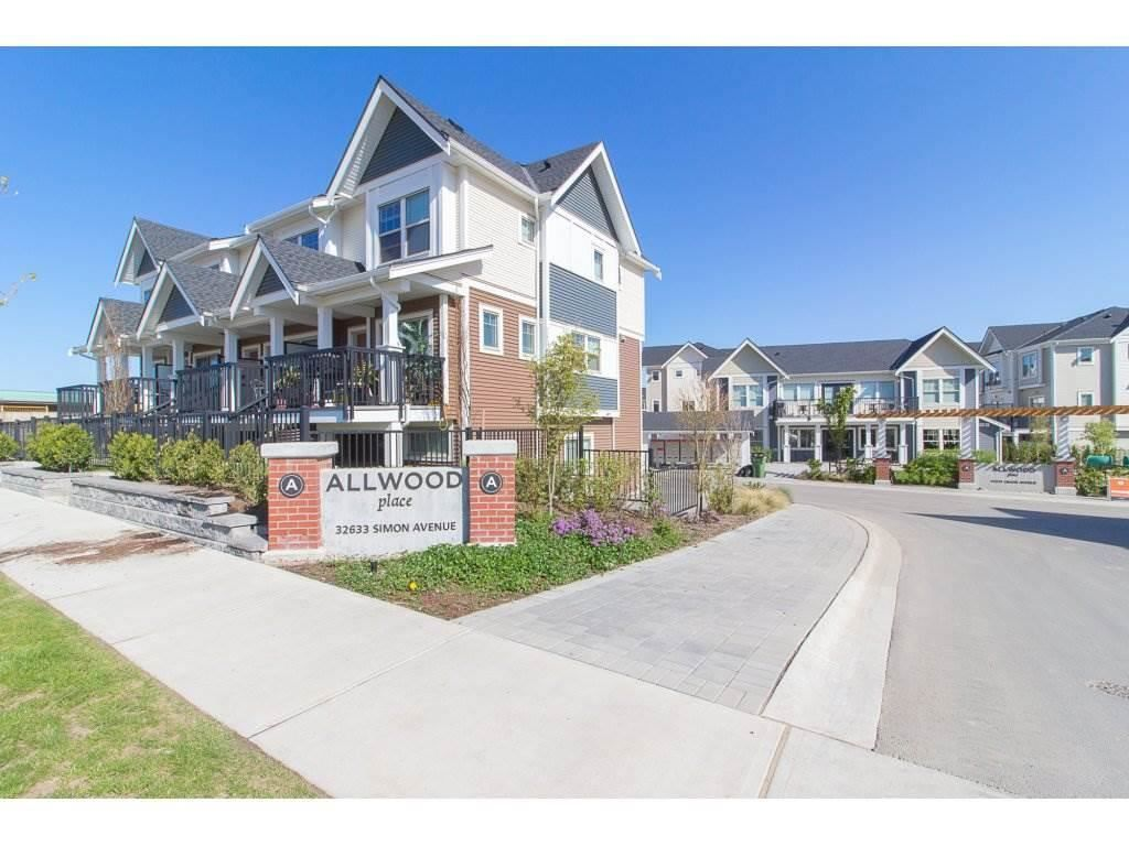 Main Photo: 122 32633 SIMON Avenue in Abbotsford: Abbotsford West Townhouse for sale : MLS®# R2585257