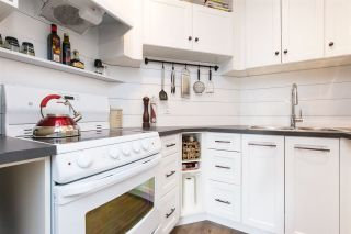 """Photo 11: 205 707 EIGHTH Street in New Westminster: Uptown NW Condo for sale in """"The Diplomat"""" : MLS®# R2273026"""