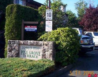 """Photo 1: 2 32917 AMICUS PL in Abbotsford: Central Abbotsford Townhouse for sale in """"Pinegrove"""" : MLS®# F2611361"""