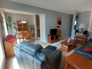 Photo 6: 10 Sheldon Drive in Winnipeg: River Park South Residential for sale (2F)  : MLS®# 202120482