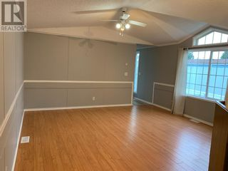 Photo 7: 124, 404 6 Avenue in Slave Lake: House for sale : MLS®# A1114760