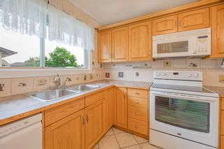 Photo 8: 6772 Malvern Road NE in Calgary: Marlborough Park Detached for sale : MLS®# A1134321