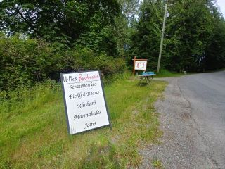 Photo 2: 404 Whaletown Rd in CORTES ISLAND: Isl Cortes Island House for sale (Islands)  : MLS®# 843159