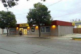 Photo 3: 34 2nd Avenue NE in Altona: Business for sale : MLS®# 1826751
