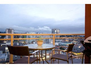 """Photo 9: 1404 121 W 15TH Street in North Vancouver: Central Lonsdale Condo for sale in """"ALEGRIA"""" : MLS®# V1102580"""