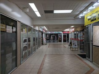 Photo 17: 115 1518 CENTRE Street NE in Calgary: Crescent Heights Retail for sale : MLS®# C4161727