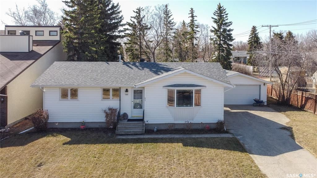 Main Photo: 51 Duncan Crescent in Regina: Dieppe Place Residential for sale : MLS®# SK849323