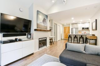 """Photo 2: 415 6833 VILLAGE Green in Burnaby: Highgate Condo for sale in """"Carmel"""" (Burnaby South)  : MLS®# R2501447"""