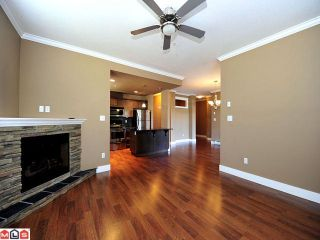 Photo 6: 105 2068 SANDALWOOD Crest in Abbotsford: Central Abbotsford Condo for sale : MLS®# F1222043