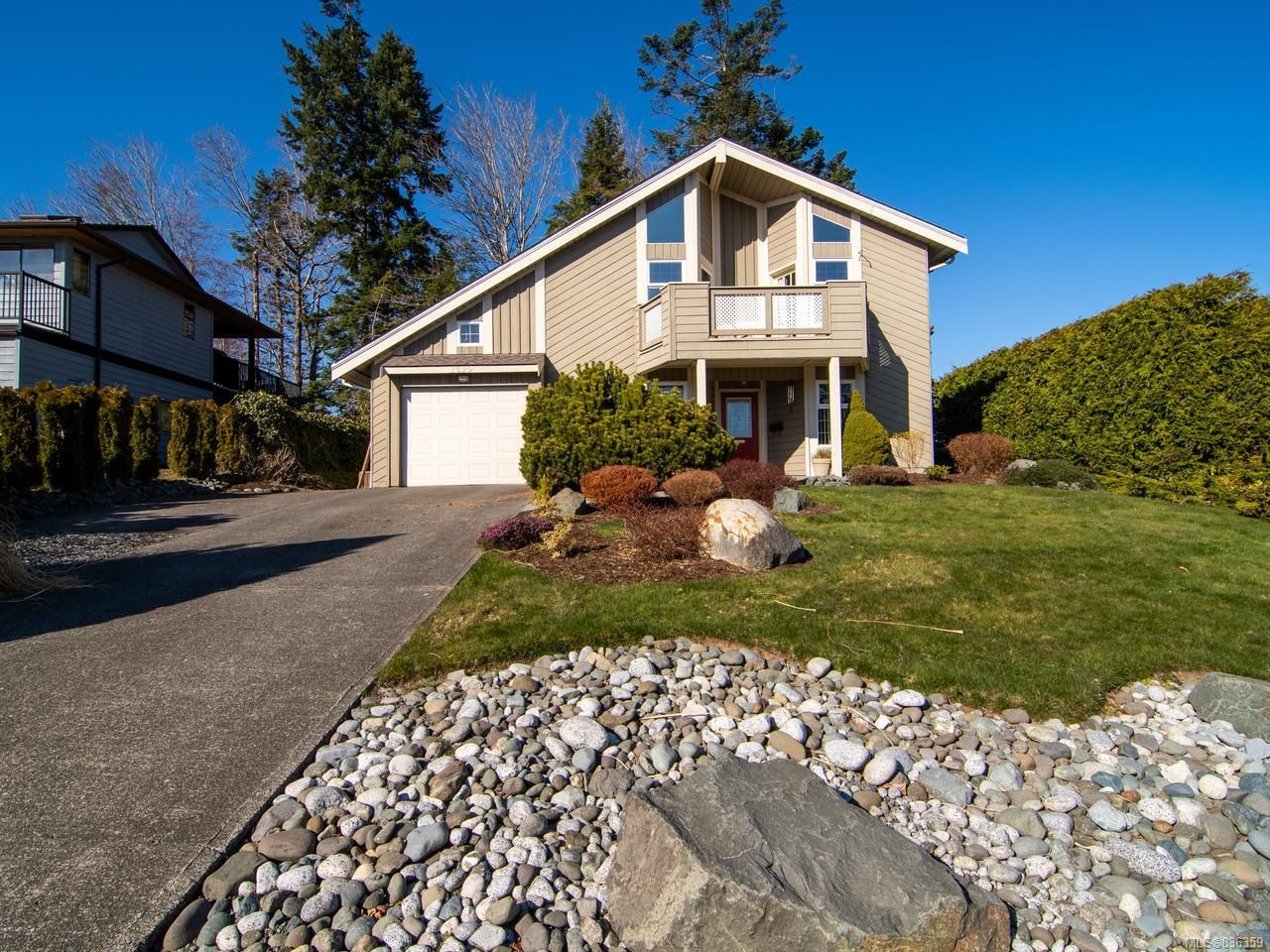 Main Photo: 1629 PASSAGE VIEW DRIVE in CAMPBELL RIVER: CR Willow Point House for sale (Campbell River)  : MLS®# 836359