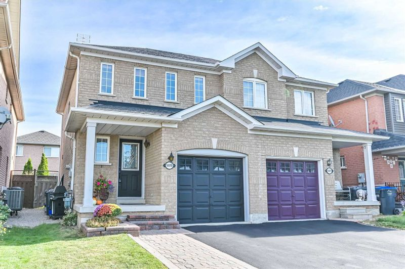 FEATURED LISTING: 5979 Churchill Meadows Boulevard Mississauga