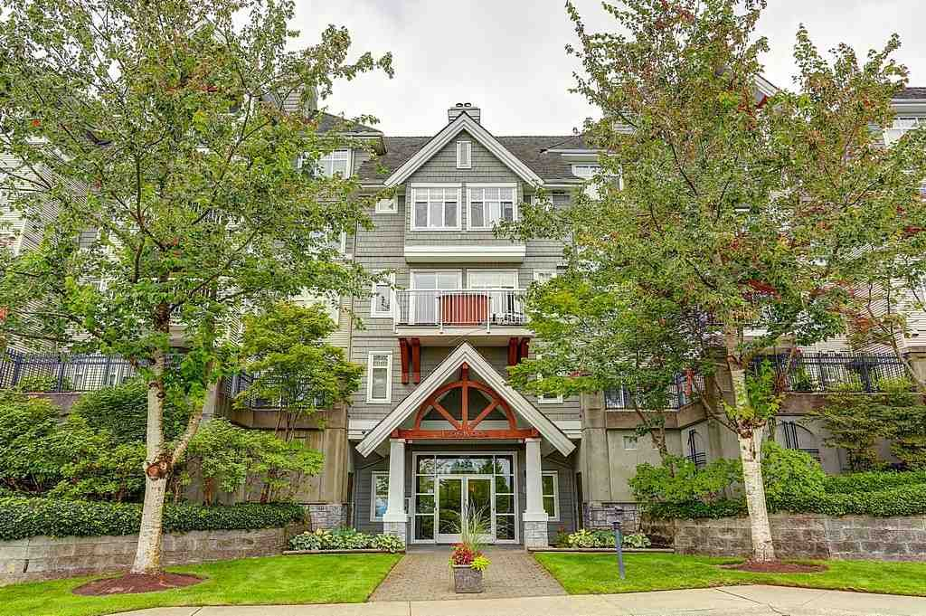 """Main Photo: 211 1432 PARKWAY Boulevard in Coquitlam: Westwood Plateau Condo for sale in """"MONTREUX"""" : MLS®# R2099628"""