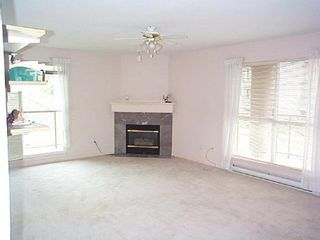 Photo 3: 205 14981 101A AV: House for sale (Guildford)  : MLS®# 2409279