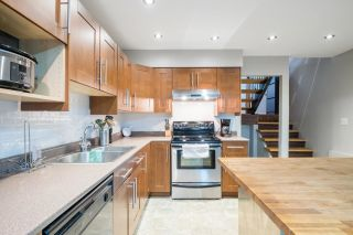 """Photo 9: 233 BALMORAL Place in Port Moody: North Shore Pt Moody Townhouse for sale in """"Balmoral Place"""" : MLS®# R2585129"""