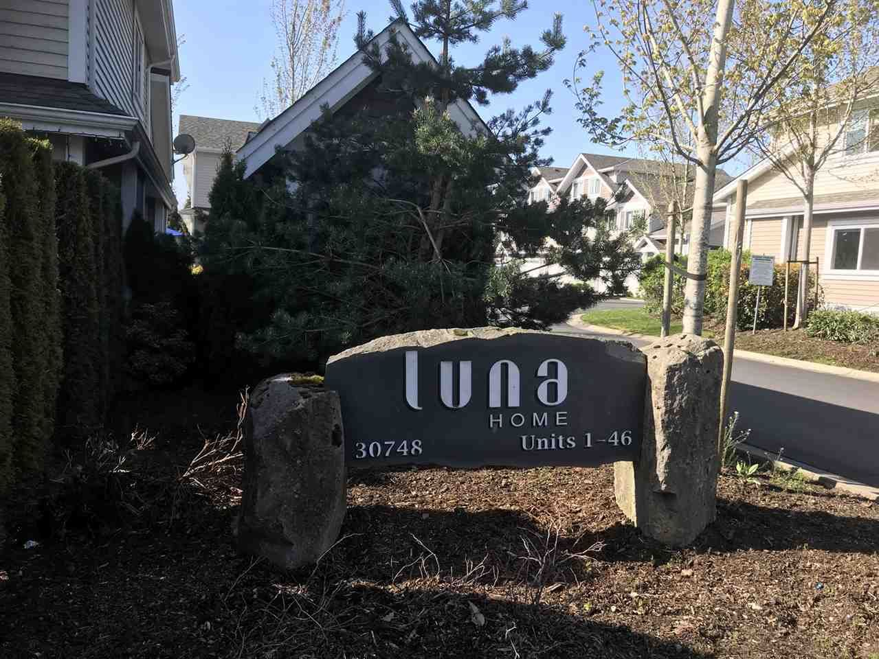 """Main Photo: 20 30748 CARDINAL Avenue in Abbotsford: Abbotsford West Townhouse for sale in """"LUNA HOMES"""" : MLS®# R2267478"""