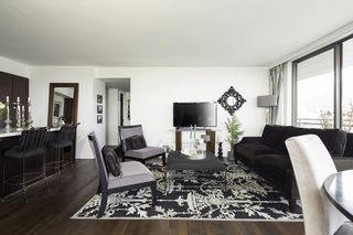 Photo 4: 1403 140 E KEITH Road in North Vancouver: Lower Lonsdale Condo for sale : MLS®# R2134774
