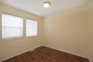 Photo 5: 672 Edwards Avenue in Milton: Beaty House (2-Storey) for sale : MLS®# W3431863