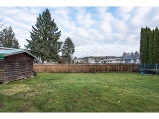 Photo 2: 2052 VINEWOOD Street in Abbotsford: Central Abbotsford House for sale : MLS®# R2129991