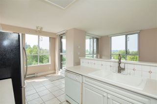 """Photo 5: 701 5615 HAMPTON Place in Vancouver: University VW Condo for sale in """"The Balmoral at Hampton"""" (Vancouver West)  : MLS®# R2195977"""