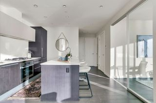 """Photo 13: 1404 1221 BIDWELL Street in Vancouver: West End VW Condo for sale in """"Alexandra"""" (Vancouver West)  : MLS®# R2591398"""