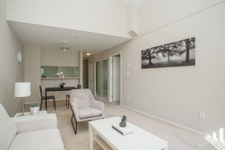 """Photo 3: 406 1190 EASTWOOD Street in Coquitlam: North Coquitlam Condo for sale in """"LAKESIDE TERRACE"""" : MLS®# R2491476"""