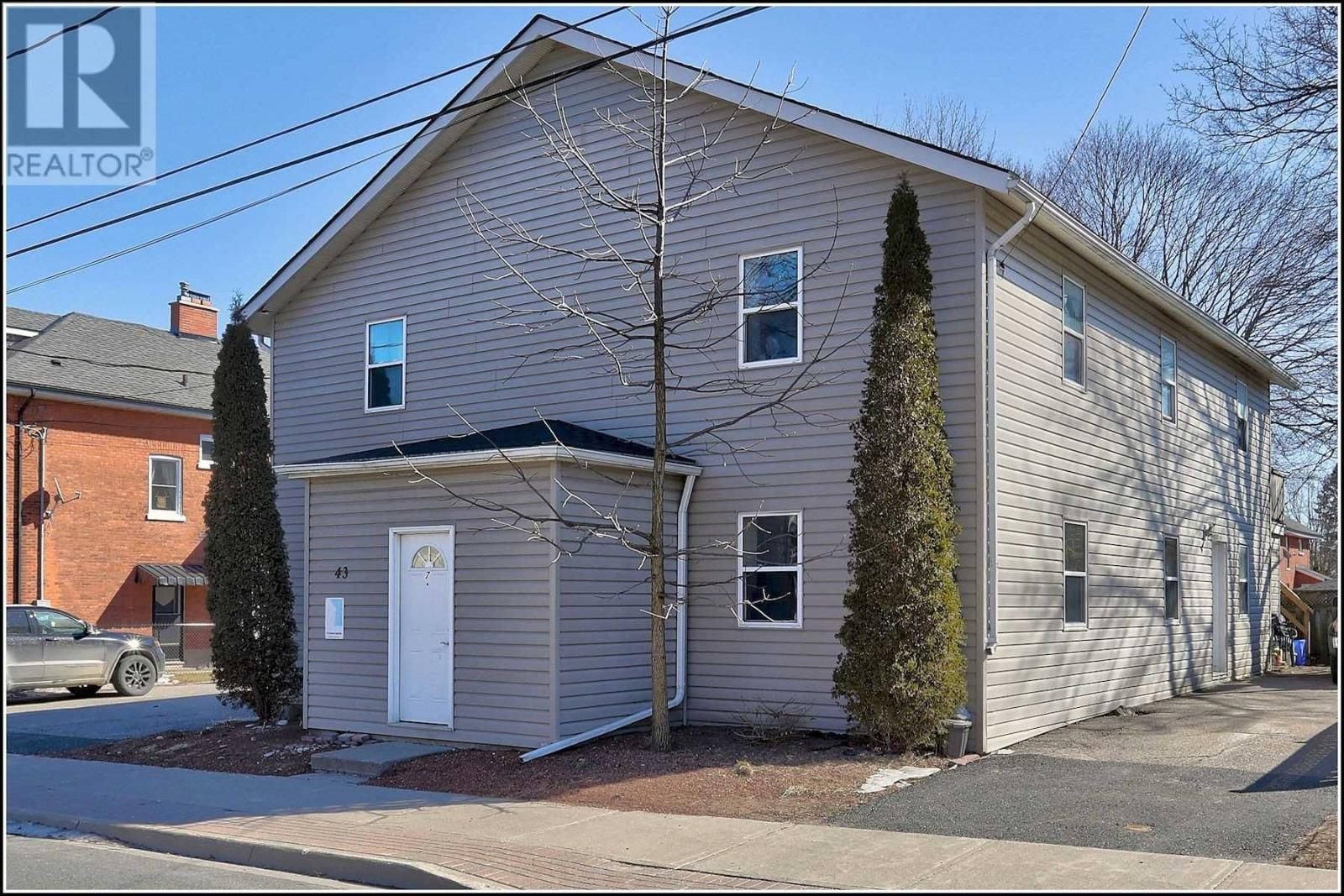 Main Photo: 43 JAMES ST W in Cobourg: Multi-family for sale : MLS®# X5153468