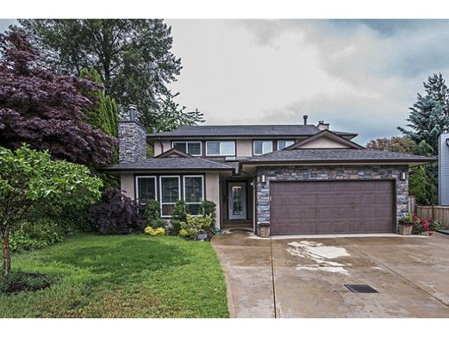 Main Photo: 1622 HEMLOCK Place in Port Moody: Mountain Meadows House for sale : MLS®# V1127052