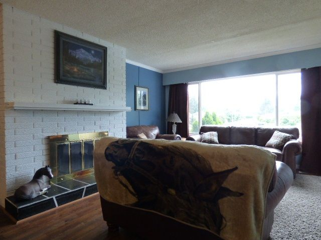 Photo 2: Photos: 2 9622 PAULA Crescent in Chilliwack: Chilliwack E Young-Yale 1/2 Duplex for sale : MLS®# R2078919