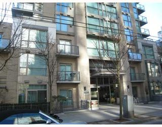 Photo 8: 1306 928 RICHARDS Street in Vancouver: Downtown VW Condo for sale (Vancouver West)  : MLS®# V756853
