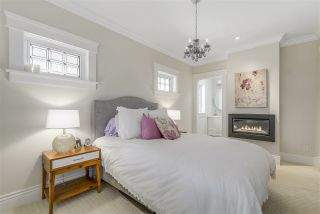 """Photo 13: 2196 W 46TH Avenue in Vancouver: Kerrisdale House for sale in """"Kerrisdale"""" (Vancouver West)  : MLS®# R2116330"""